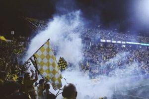 gadget supporter football